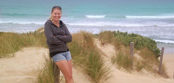 Chrissy am Strand in Australien